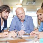 aloyhtiön kokouksessa käsitellään muun muassa yhtiön tilinpäätöstä ja toimintasuunnitelmaa, talousarviota, tulevia korjauksia, tehtyjä kunnossapito- ja muutostöitä ja menneen vuoden vastikelaskelmia.